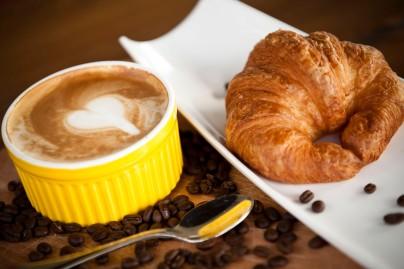 Cafe Croissant 2