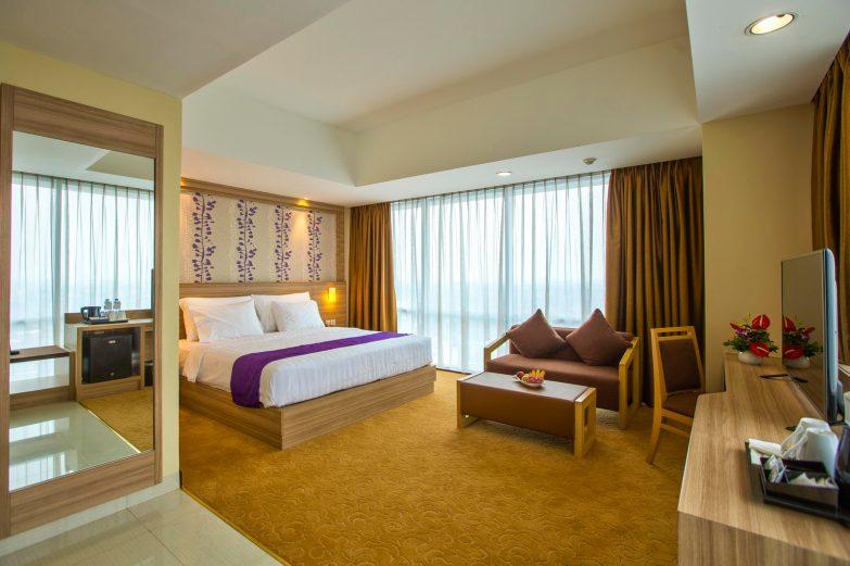 HHB_Suite_bedroom_01