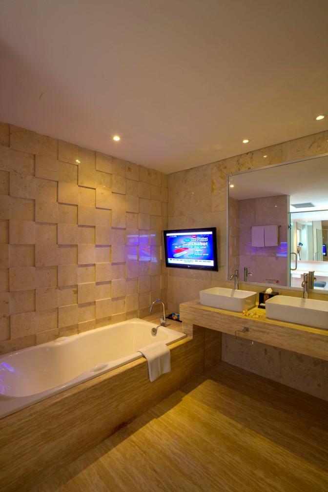 TKP_SuiteRoom_Bathroom