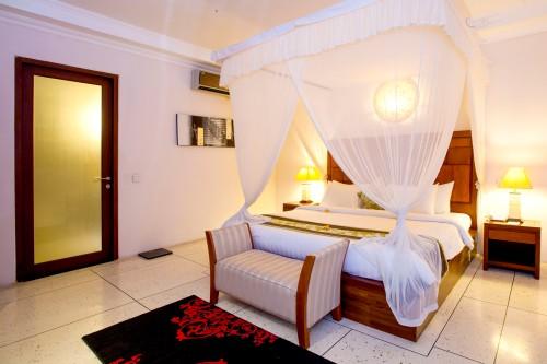TKP_Villa_DLX2BR_Bedroom_2